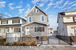 229 Simonson Avenue, Staten Island, NY 10303