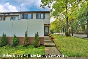 15 Lombard Court, Staten Island, NY 10312