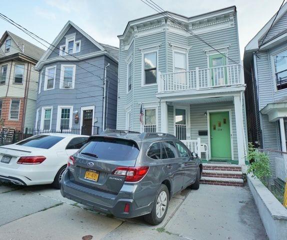 214 Westervelt Avenue ,Staten Island, NY 10301